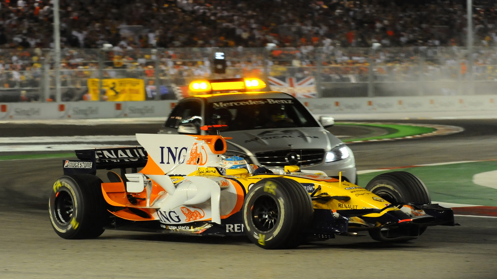 Alonso_Renault_Singapore GP 2008_SC
