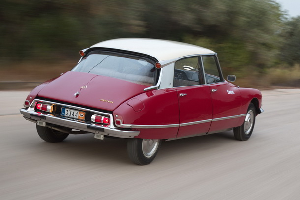 Citroen DS21 rear tracking