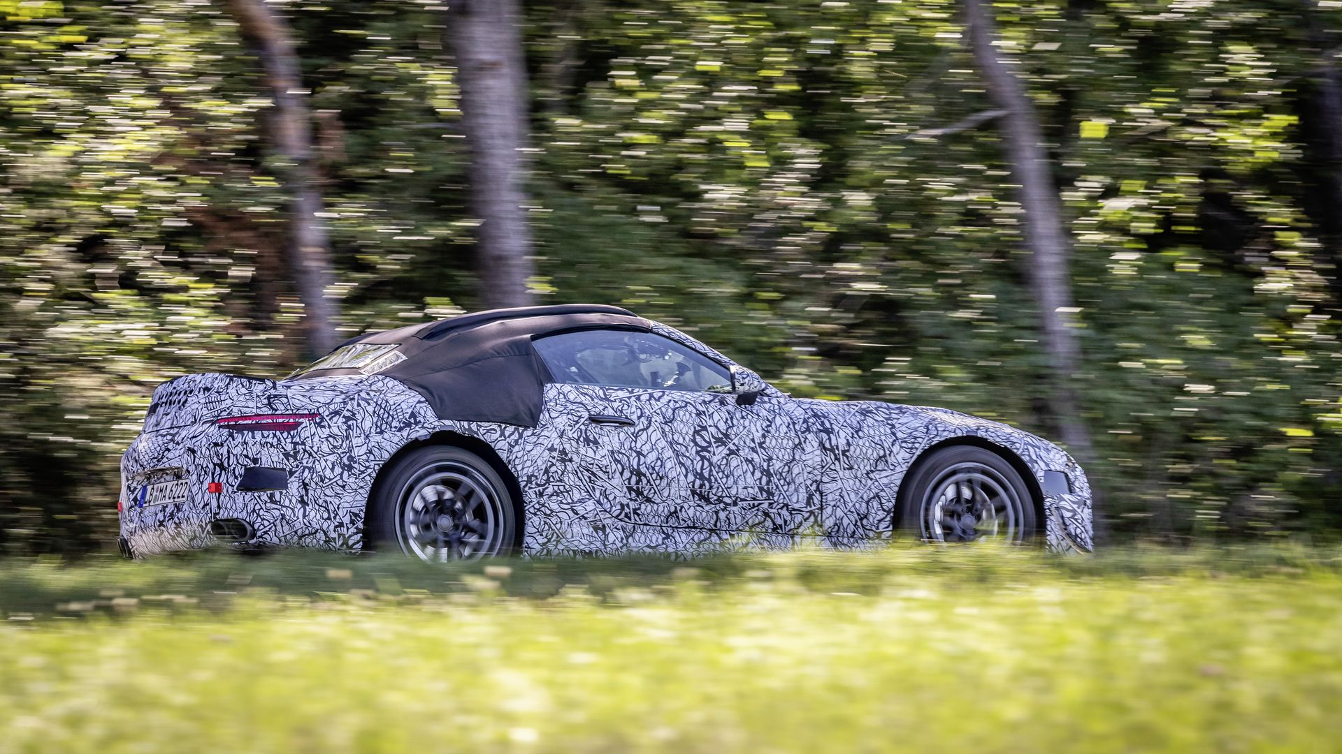 Mercedes-Benz SL Roadster Official Spy Photos 2