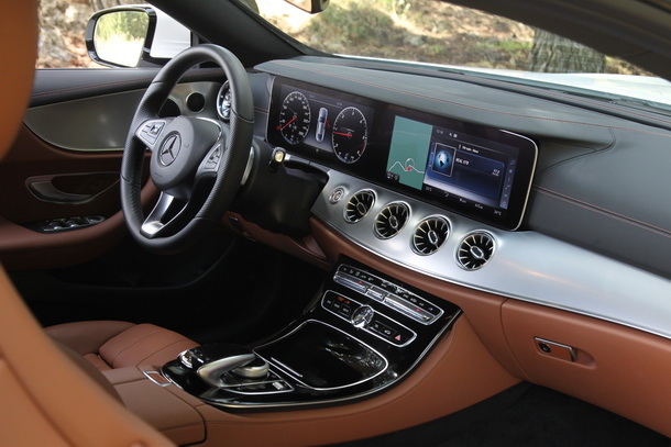 Mercedes E 220 d Coupe Interior