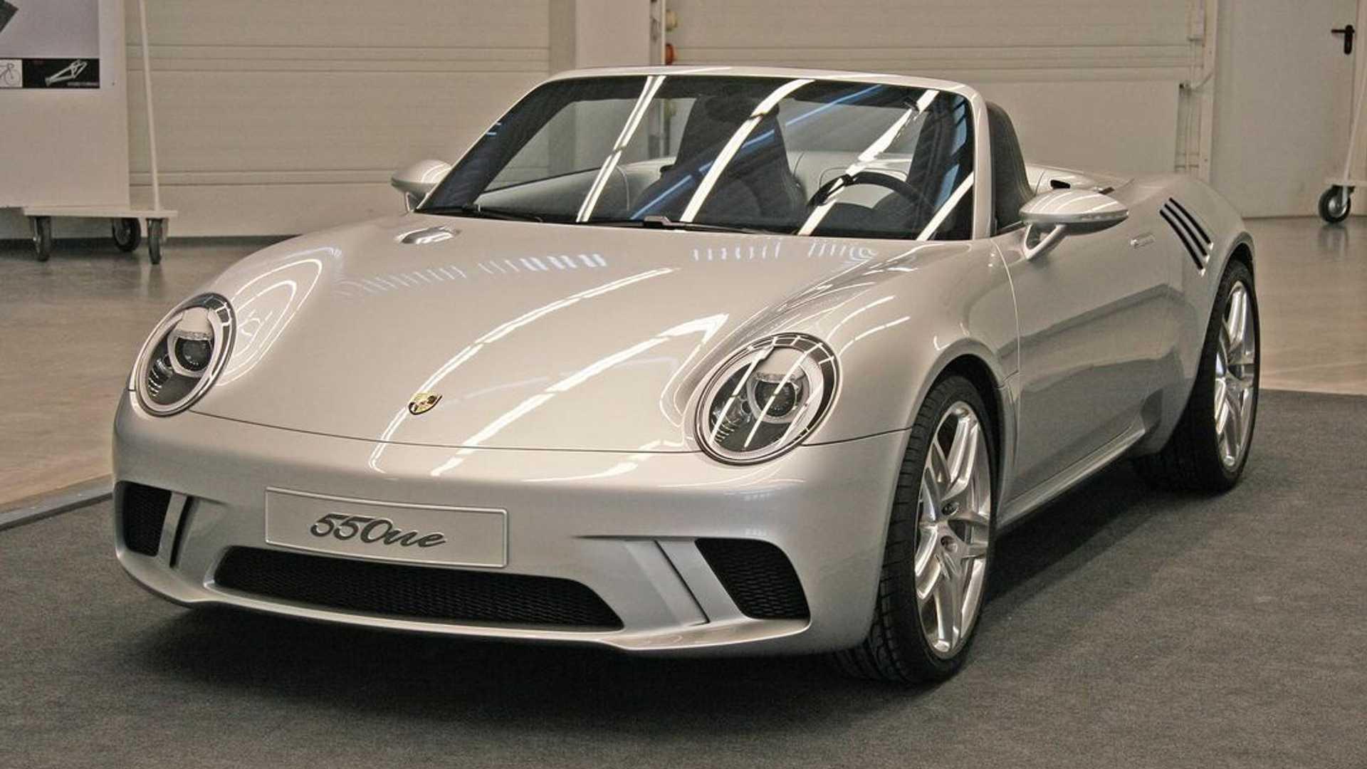 Η σύγχρονη Porsche 550 υπογεγραμμένη από τον Walter de Silva