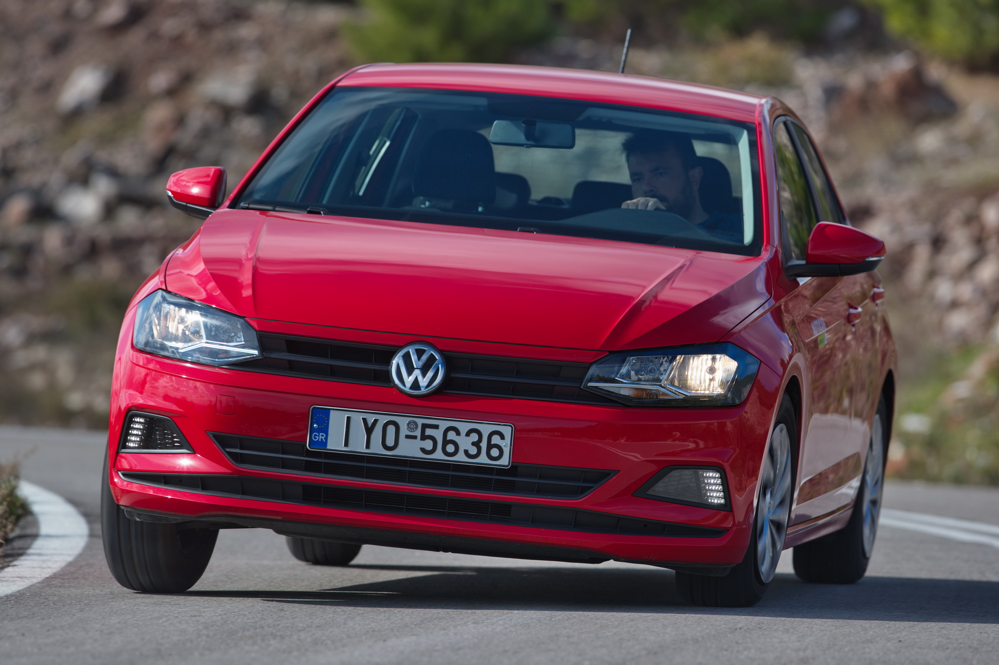 Test drive: Volkswagen Polo 1.0 MPI EVO 80 PS, Photos by Thanassis Koutsogiannis