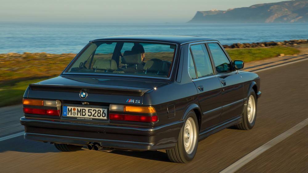 BMW M5 E28 1985-1987: Ο ορισμός του σπορ Berliner
