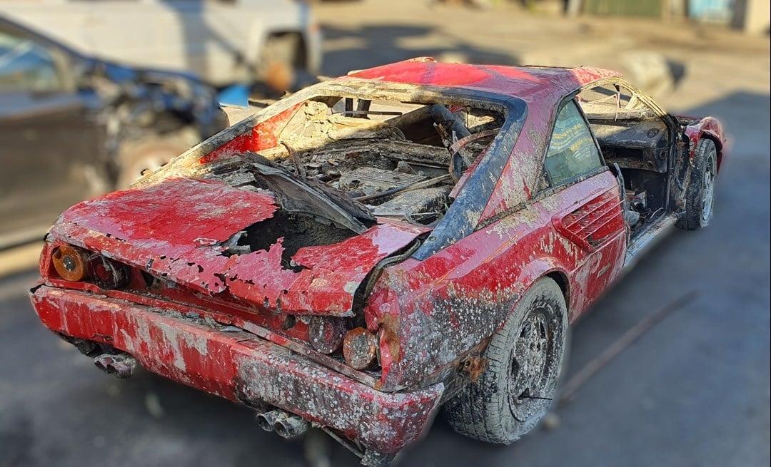 Ferrari Mondial V8
